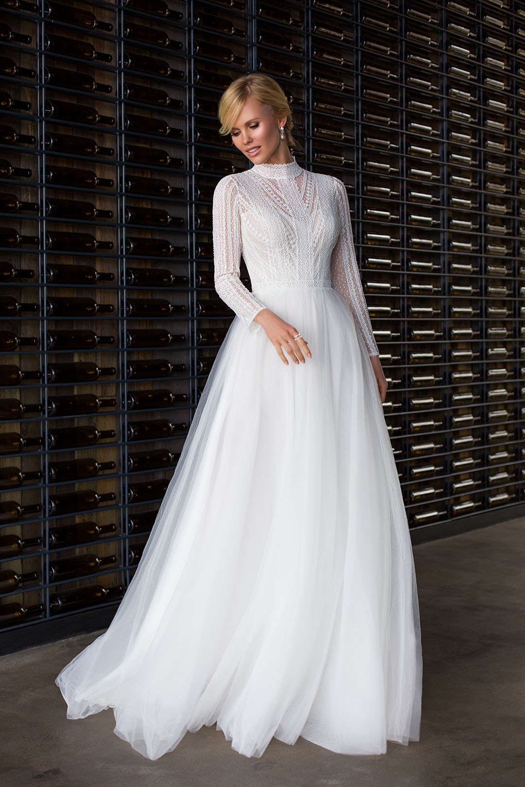 suknia ślubna z długim rękawem boho